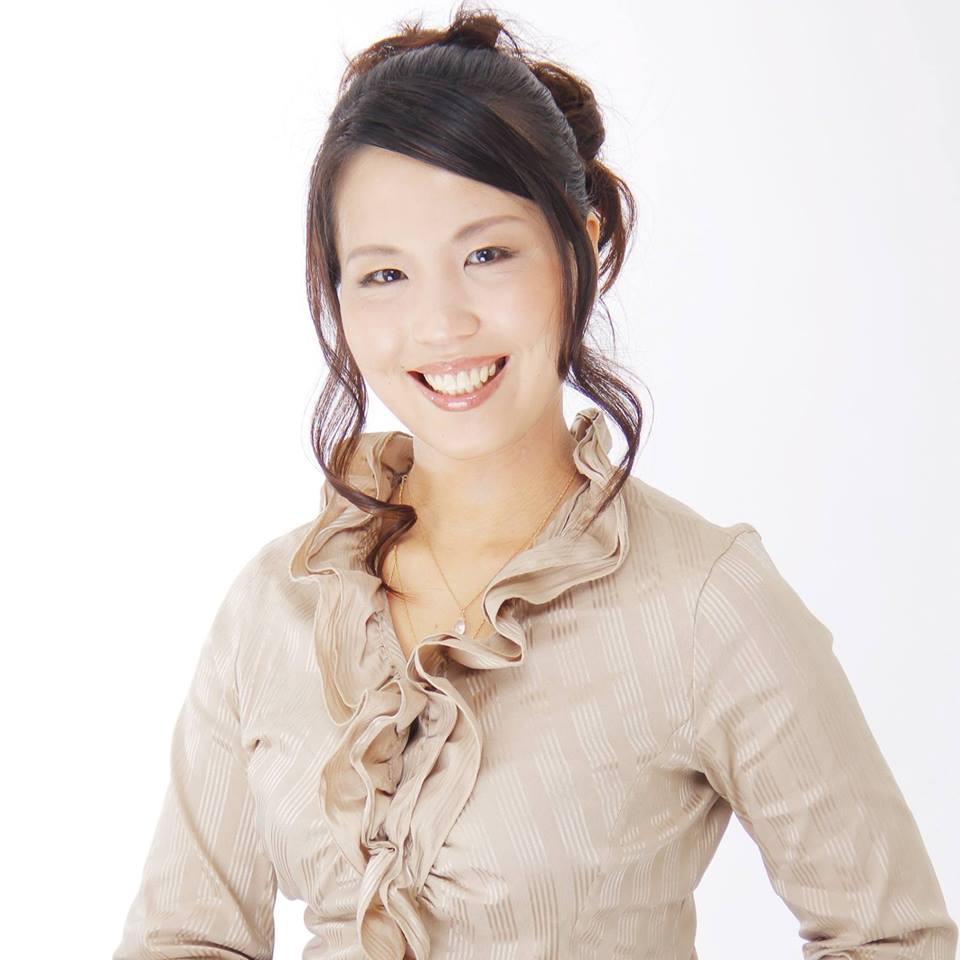 橋本絢子さん